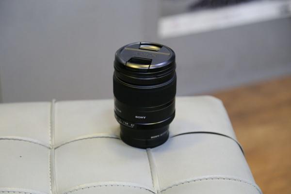 لنز سونی sony 135mm f2.8 a mount