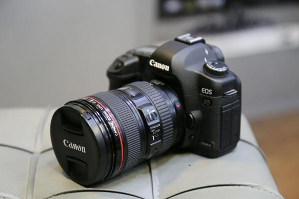 canon 5d mark ii kit 24_105mm