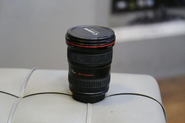 لنز دست دوم lens canon 17_40mm f/4 L