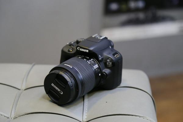 دوربین دست دوم canon 100d kit 18_55mm stm