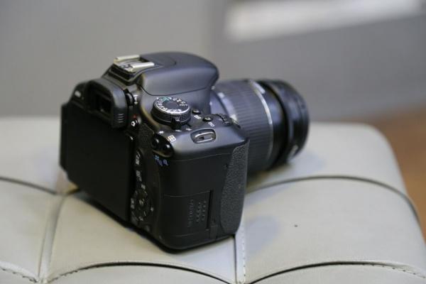 دوربین دست دوم Canon 600d kit 18_55mm