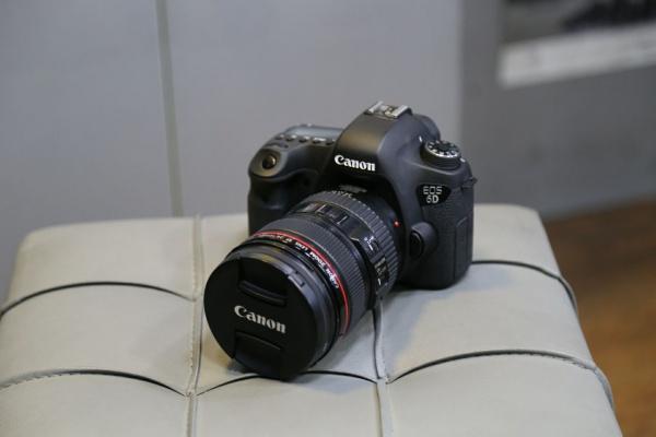 دوربین دست دوم canon 6d kit 24_105mm