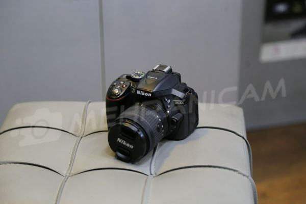 دوربین دست دوم nikon d5300 kit 18_55mm vr
