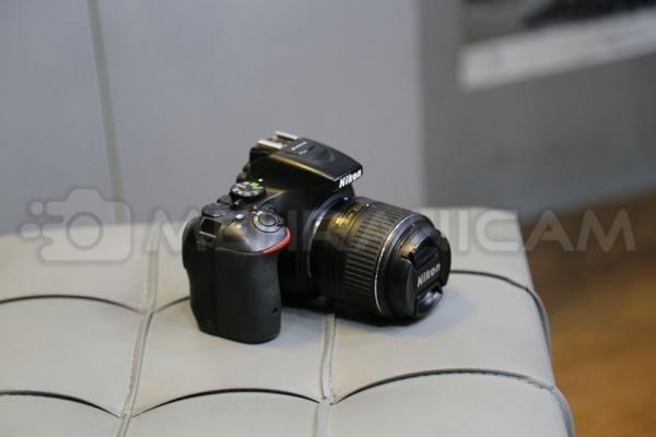 دوربین دست دوم nikon d5500 kit 18_55mm