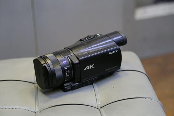 دوربین دست دوم Handycam sony AX100E 4K
