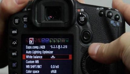 گزینه های موجود در دوربین های عکاسی