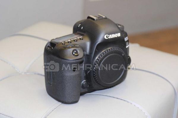 دوربین دست دوم Canon 5D mark IV body