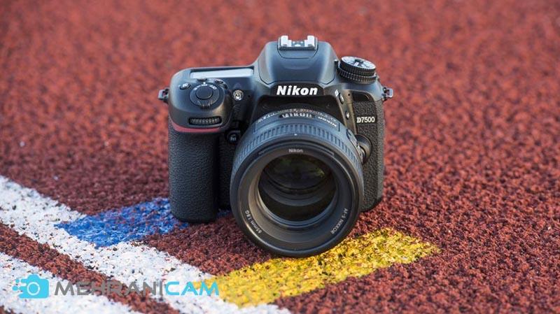 دوربین Nikon D7500
