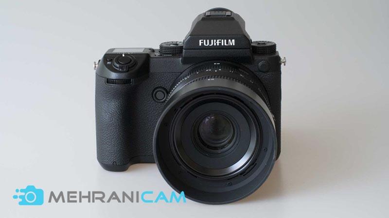 2- نمایی روبروی FUJIFILM GFX 50S