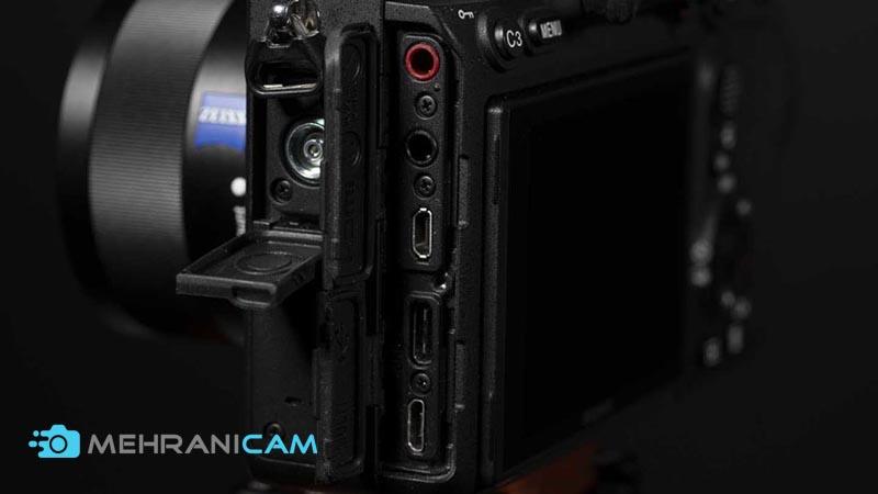 نمای کناری این دوربین