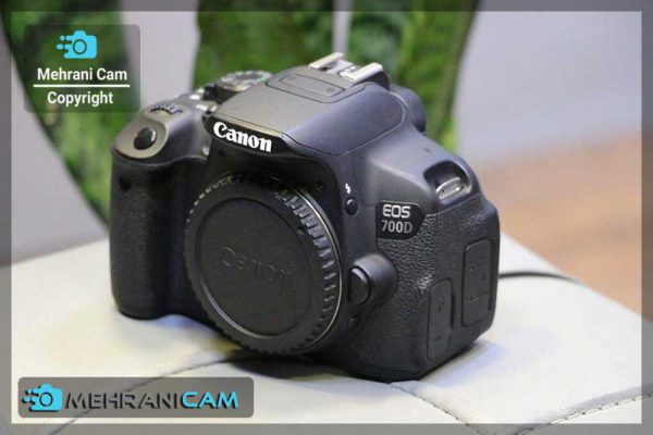 دوربین دست دوم canon 700d