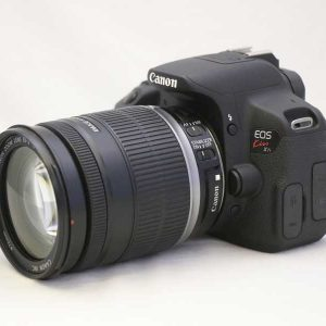 Canon kiss x 7(700d) 18-200mm 3.5.5.6 IS STM