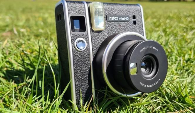 معایب دوربین Fujifilm Instax Mini 40