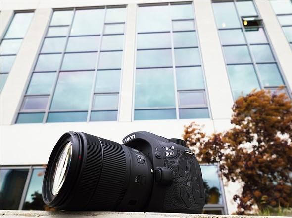 دوربین 80d canon