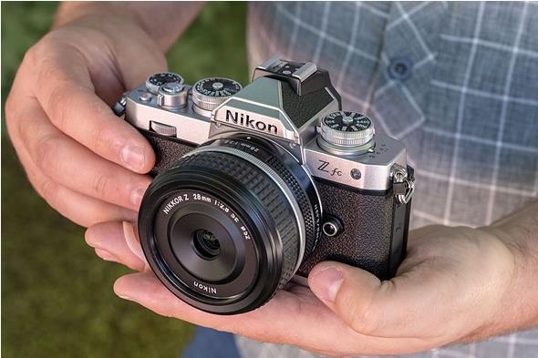 بررسی سریع لنز Nikkor Z 28mm f :