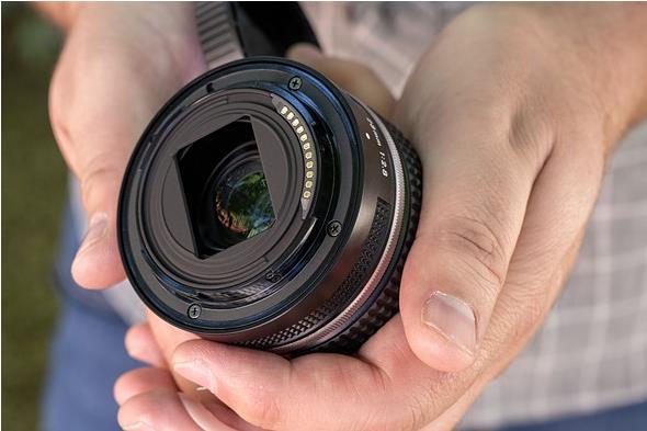 دانستنی های لنز Nikkor Z 28mm f